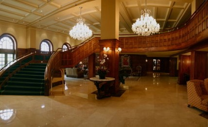 Alexander Ocean Front Resort